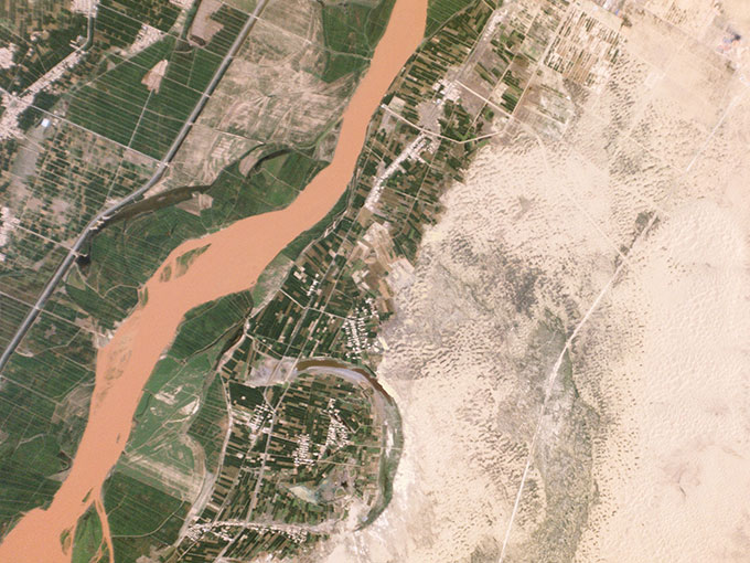 desertification_control_project_ningxia_china_-_planet_labs_satellite_image