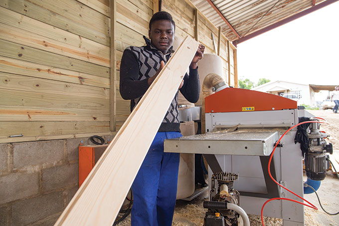 Highlands Sawmill prospers with Wood-Mizer - SA Forestry Online : SA