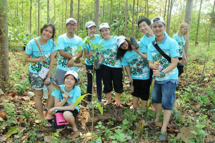 Kids-to-Forests-field-excursion-(Thailand)